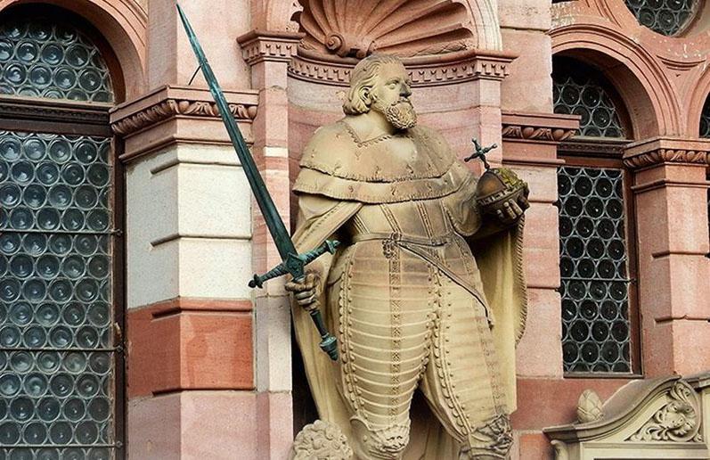 Statue Kurfürst Friedrich - Schloss Heidelberg